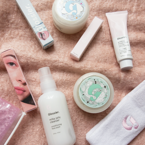 Glossier_Vogue_Japan_1